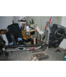 Bowflex revolution home gym with all the Extras all attachments all weights